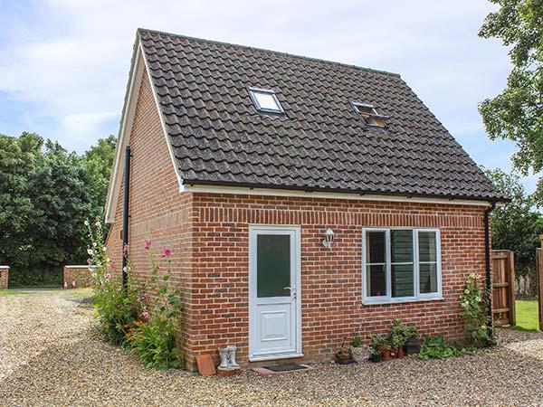 Hollytree Cottage,Attleborough