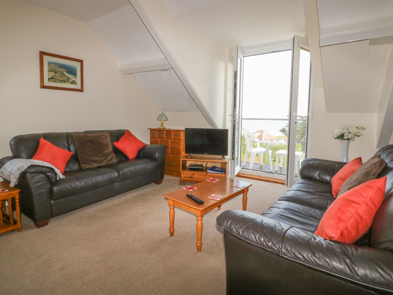 Yellow Sands Apartment 6