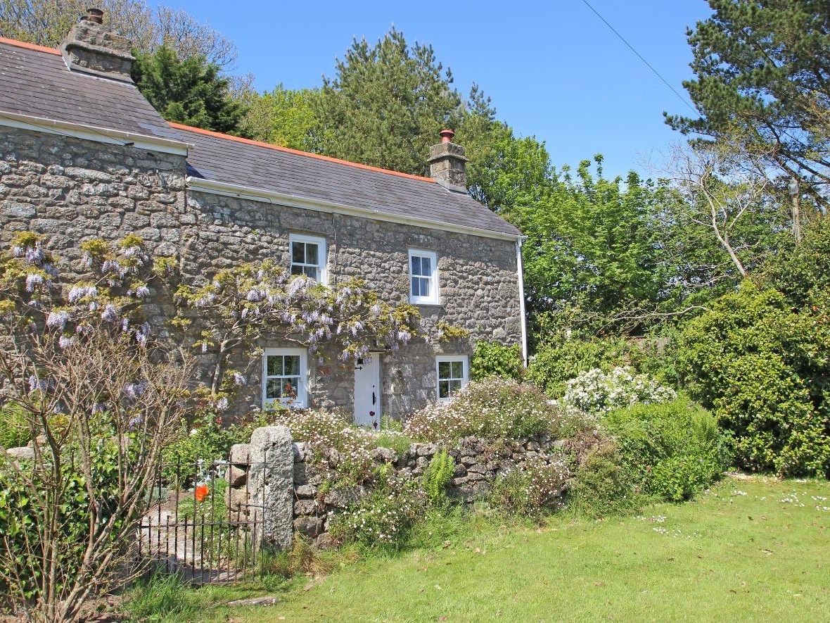 Woodpecker Cottage Image 0