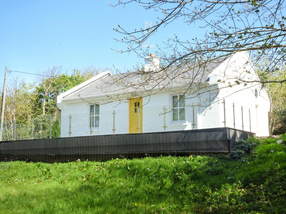 HIDDEN GEM COTTAGE, Ireland, County Donegal, Lettermacaward