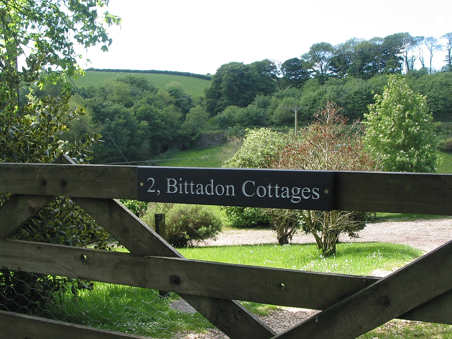 2 Bittadon Cottages