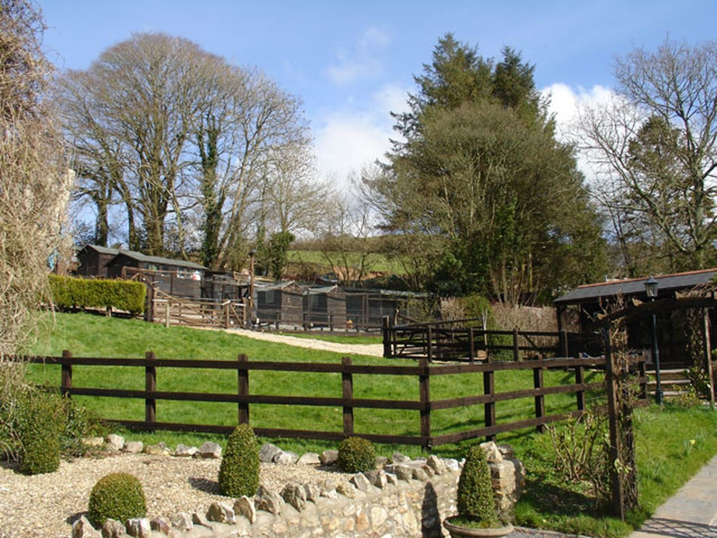Lower Wadden Farmhouse and Annexe
