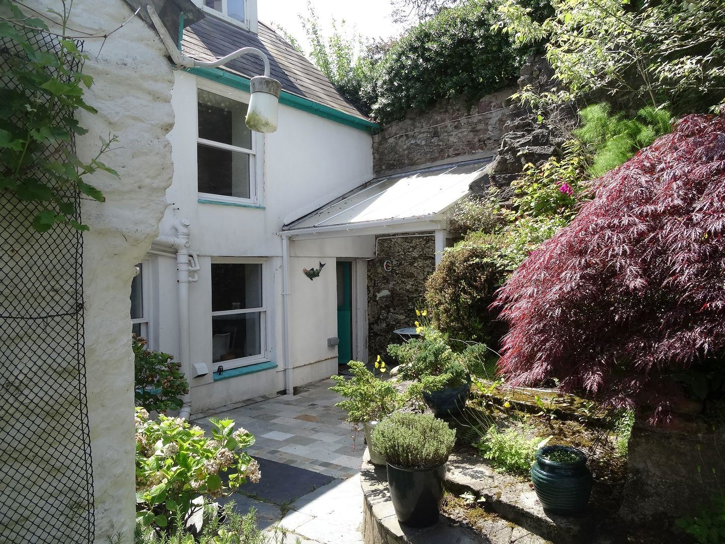 Vectis Cottage Image 2