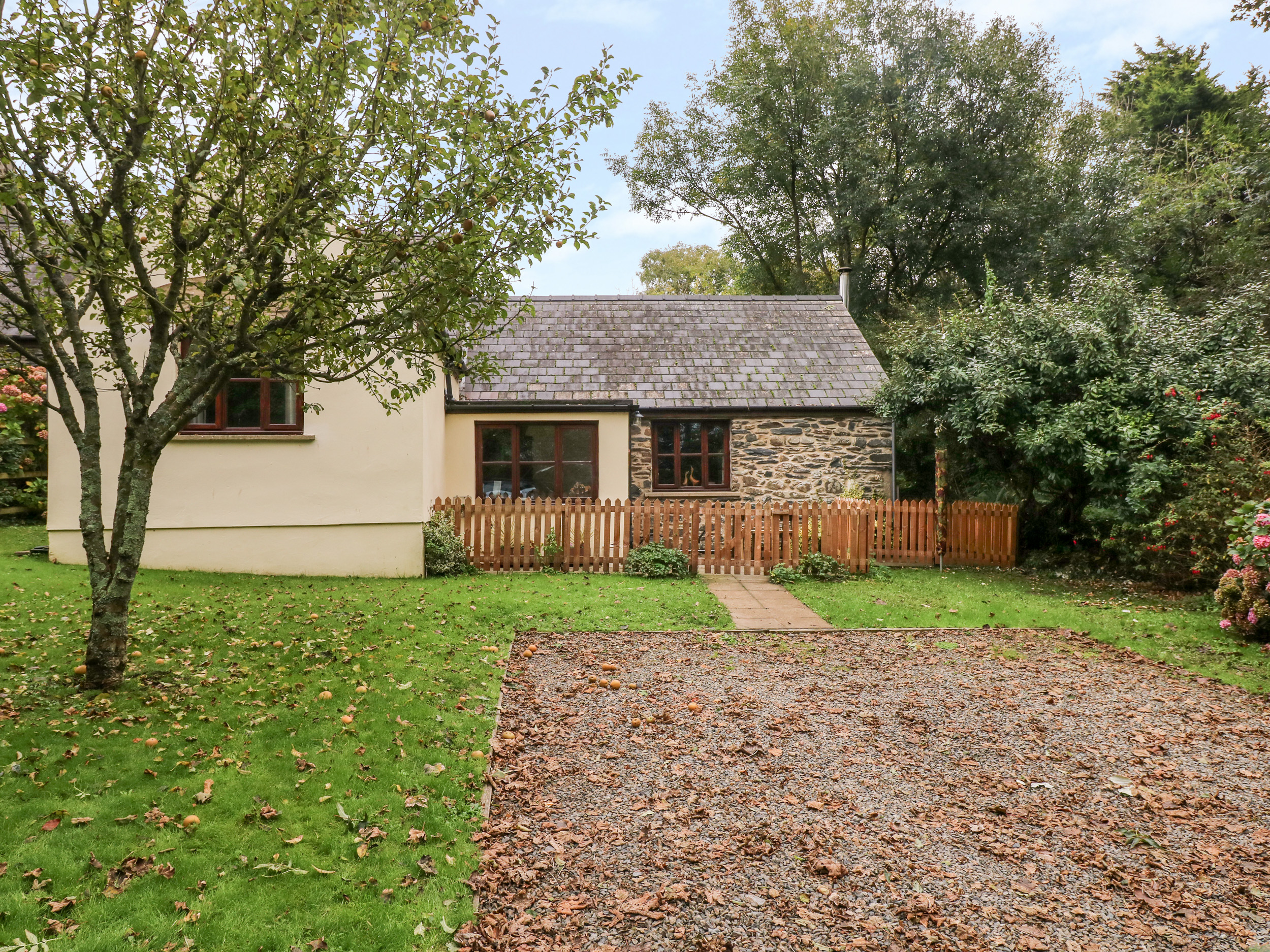 Appletree Cottage, Haverfordwest