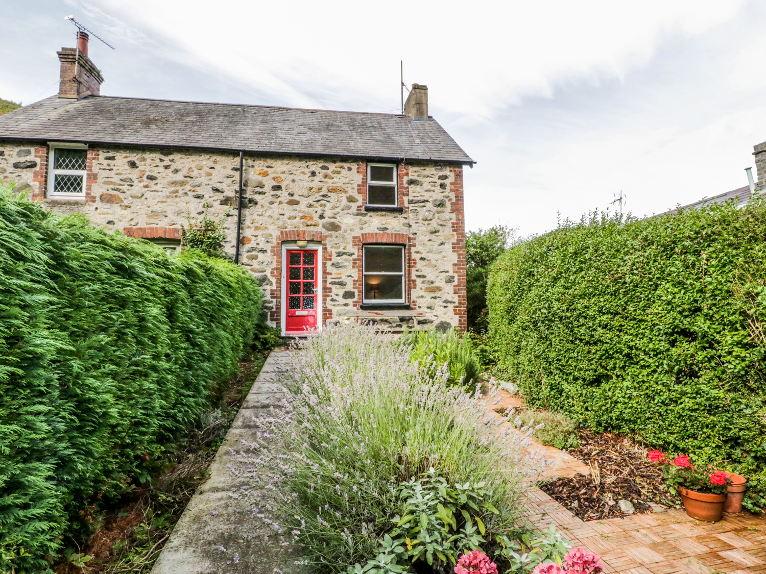 2 Brookside, Conwy County