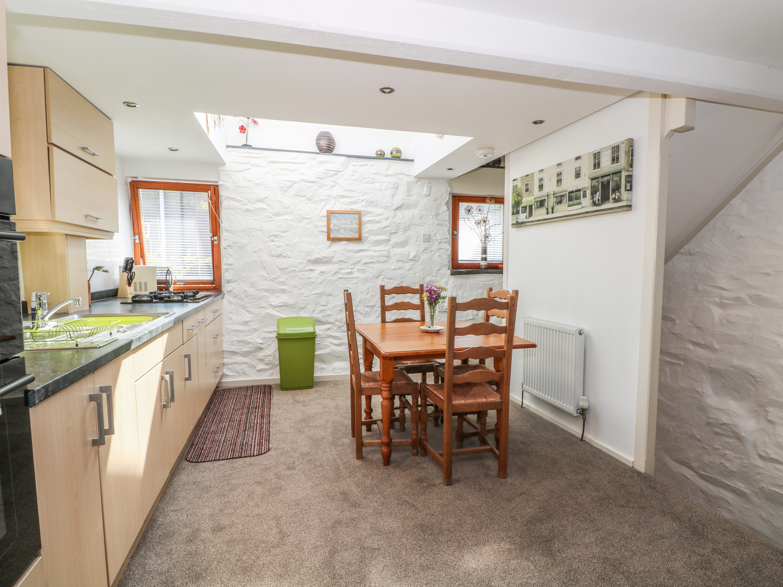 1 Laurel Cottage