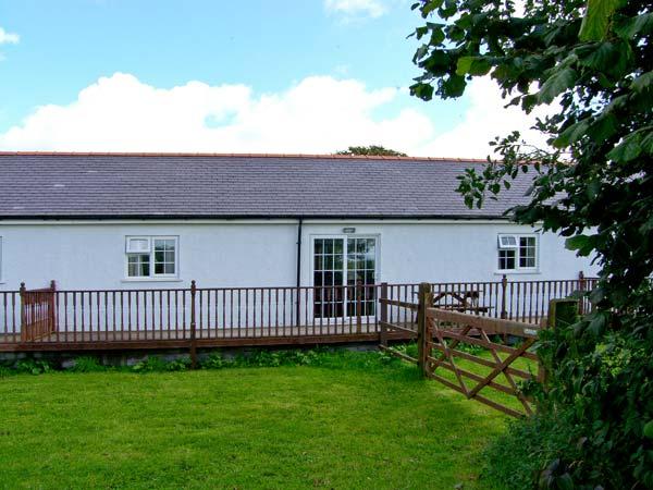 2 Black Horse Cottages, Wales