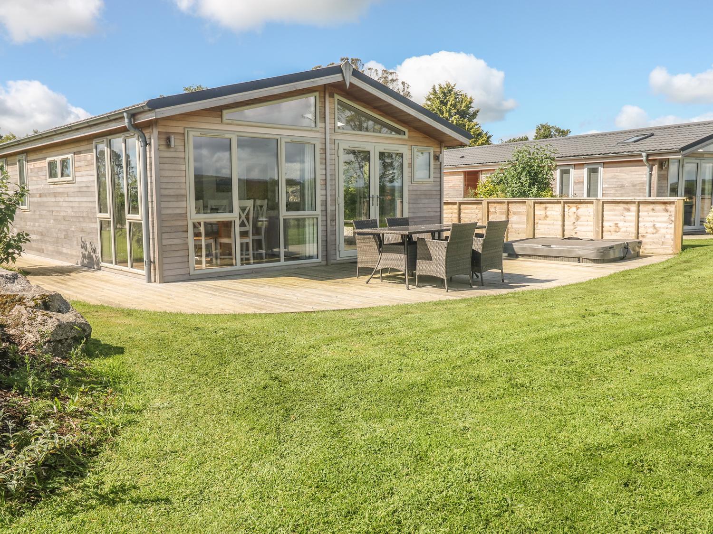 Nursery Lodge, 5 Horizon View