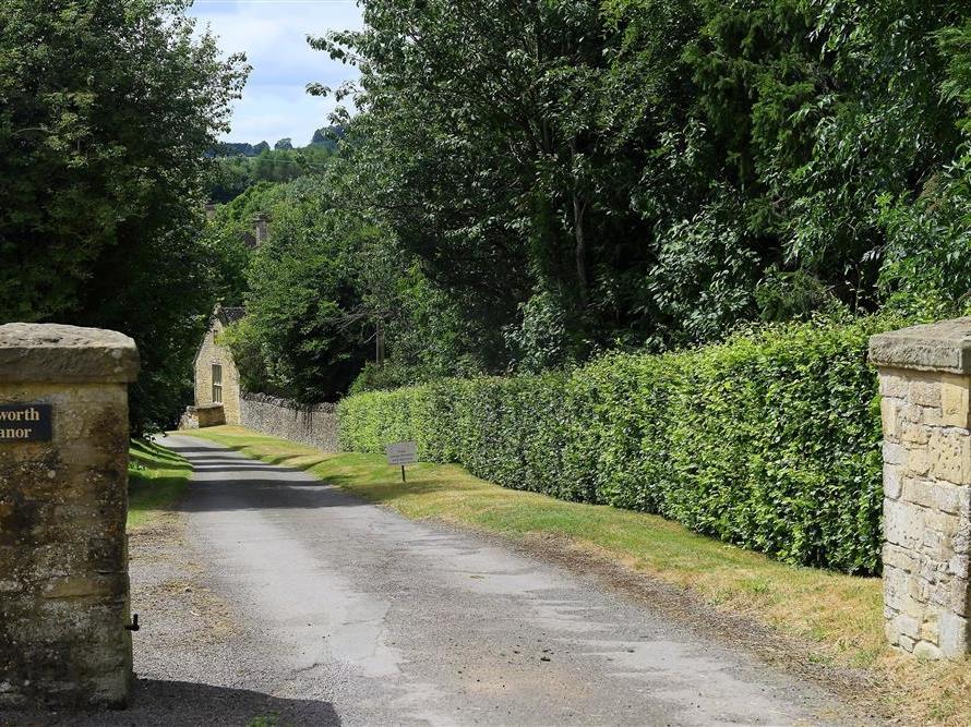 Aylworth Manor, Gloucestershire