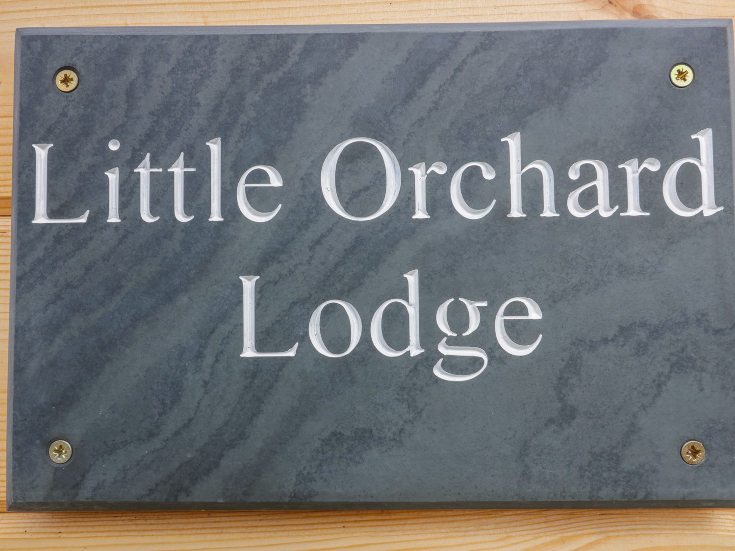 Little Orchard Lodge