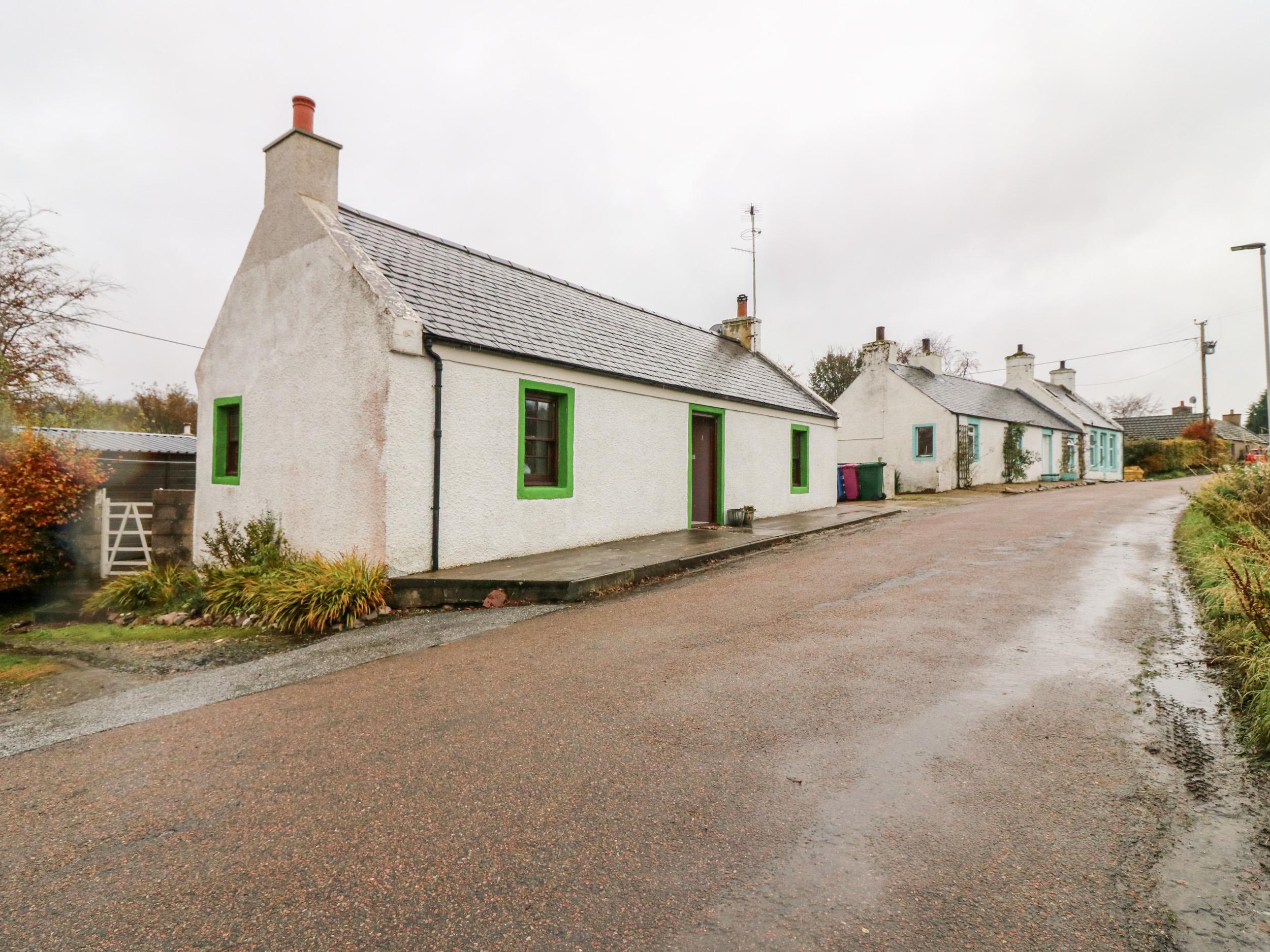 Kitsune Cottage, Moray, Aberdeenshire & The Coastal Trail