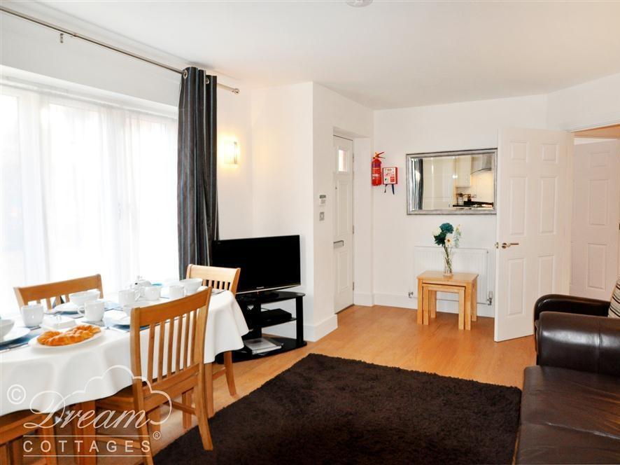 Admiral's Quarter Apartment 5