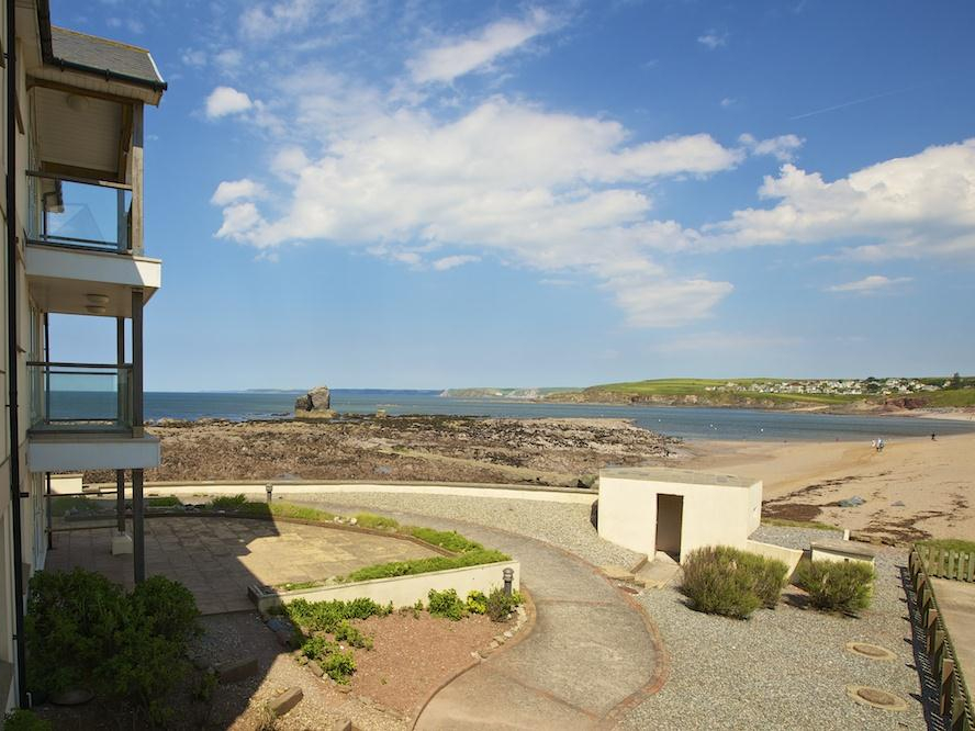 10 Thurlestone Rock