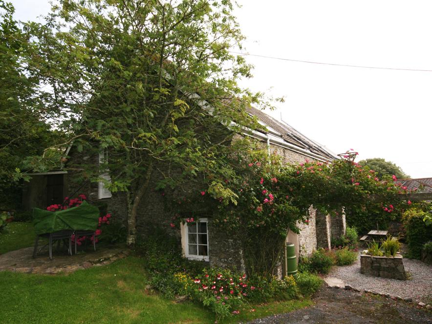 1 Easton Barn