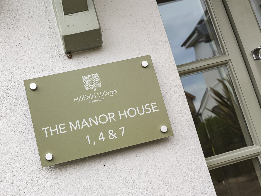 1 The Manor House, Hillfield Village