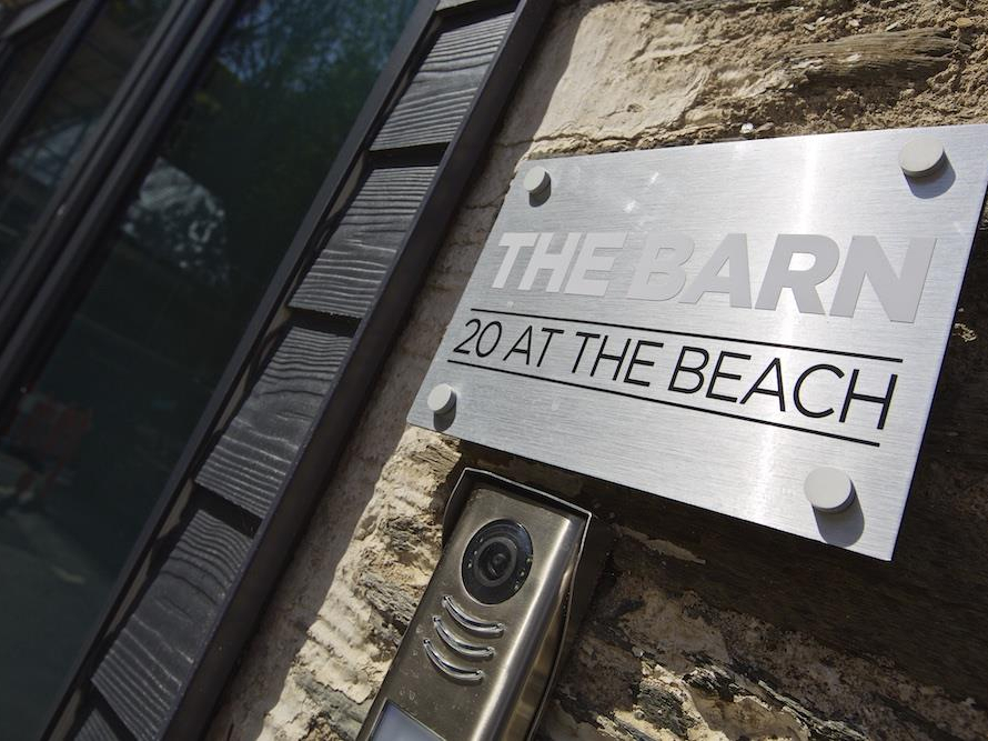 The Barn, 20 At The Beach Image 4