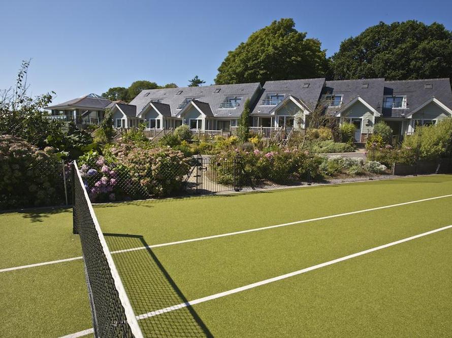 6 Court Cottage, Hillfield Village