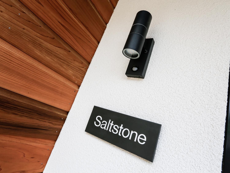 Saltstone, 3 Island Place